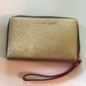 Marc by Marc Jacobs Mildred wristlet wallet